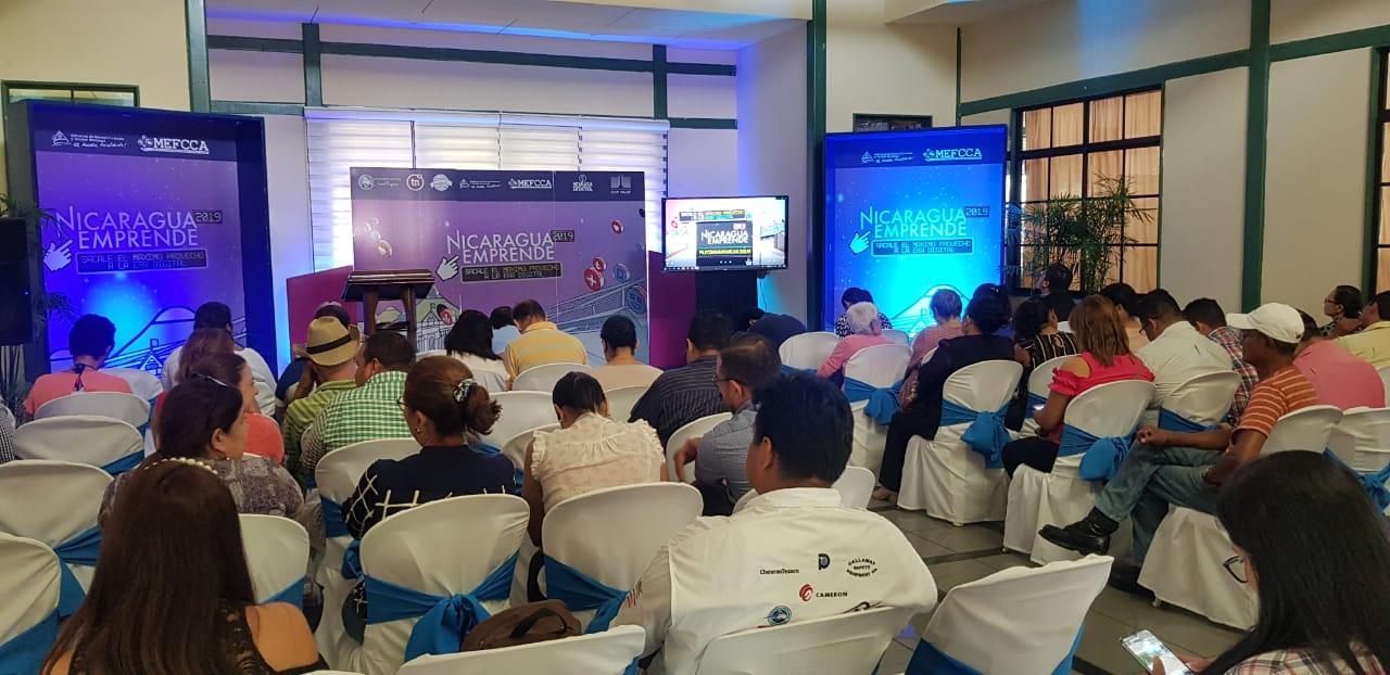 Participantes de la Segunda Edición Nicaragua  Emprende reciben asesorías en imagen