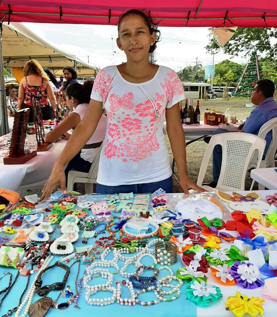 Variedades Adrián: emprendimiento en desarrollo