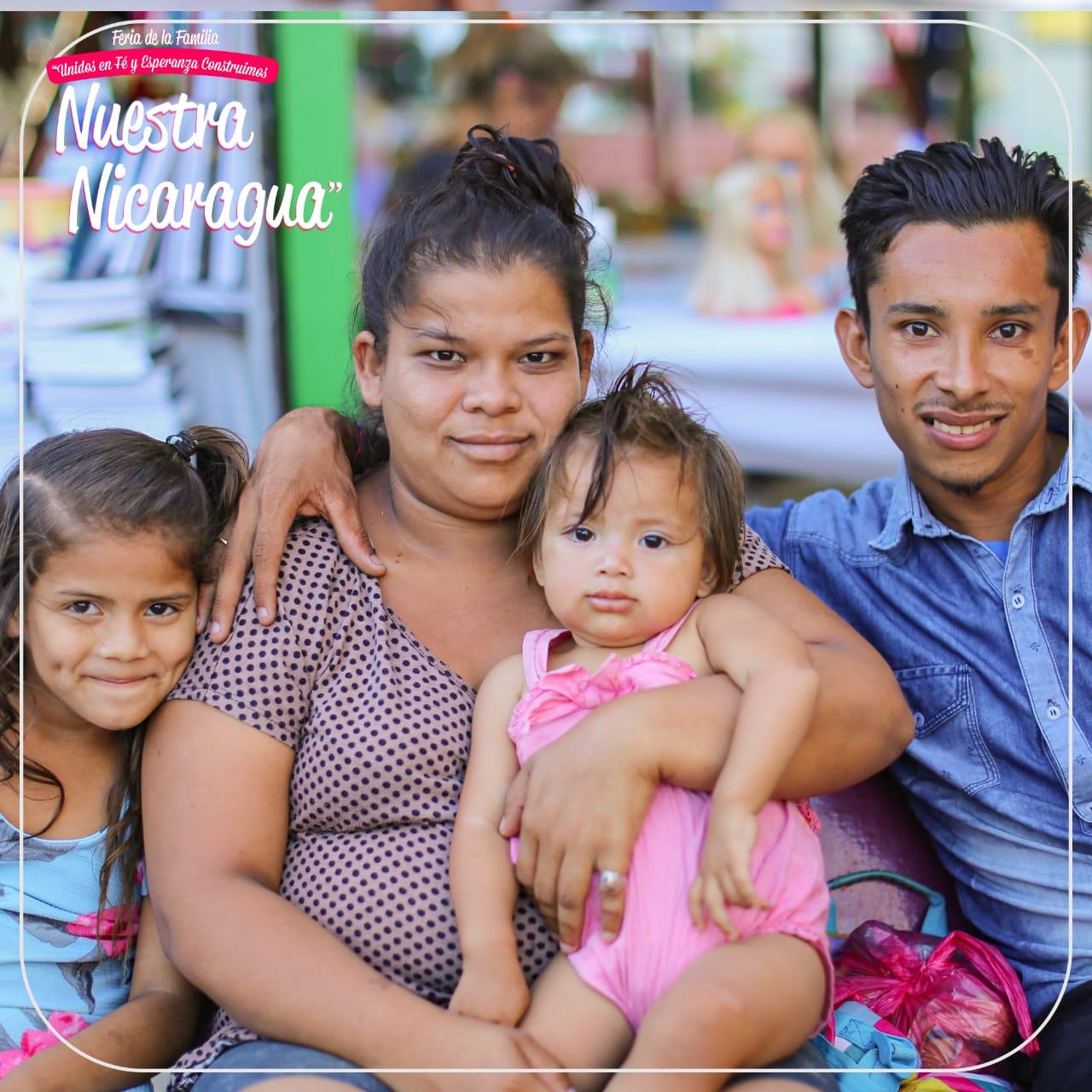"""Feria de la Familia """"Unidos en Fé y Esperanza Construimos nuestra Nicaragua"""""""